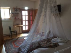 Double deluxe room with furnished balcony