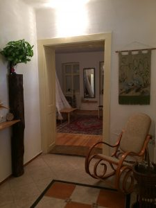 Suite with furnished balcony